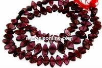 Red garnet, free form, 7-11mm