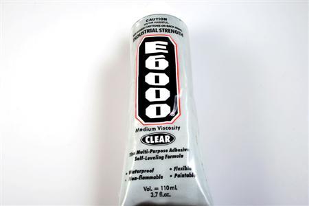 Adeziv E6000